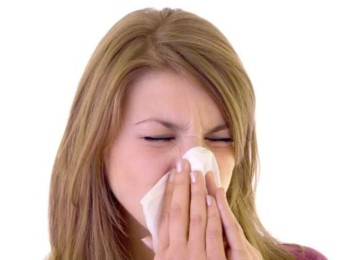 Почему происходит отек слизистой носа и чем его лечить
