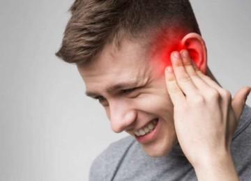 Пульсирует в ухе: как решить навязчивую проблему